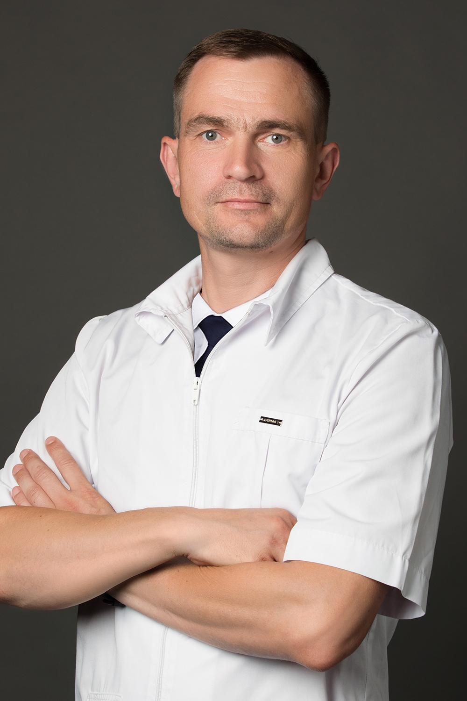 Юнек Максим Геннадьевич